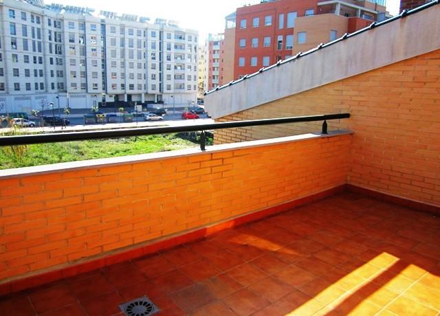 Duplex en juan carlos i pisos centro murcia for Piso juan carlos i murcia