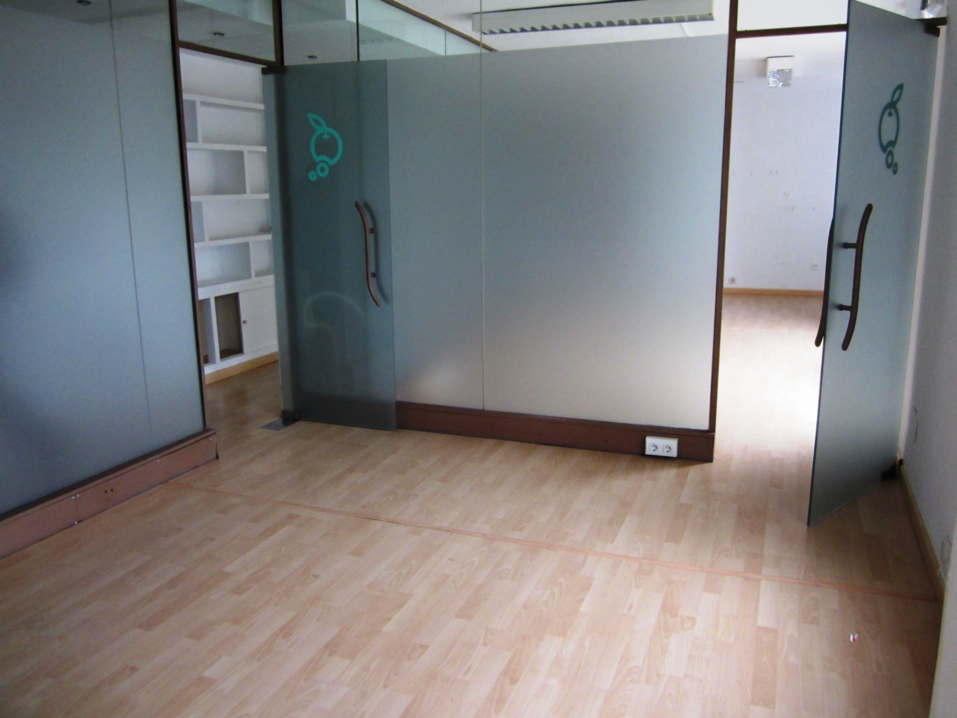 Oficinas Calderón de la Barca 006