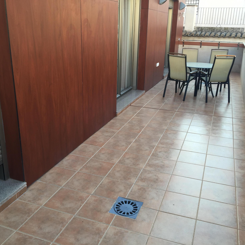 Atico en plater a pisos centro murcia for Pisos en vistabella murcia